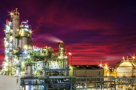 Stellar Manufacturing services for the chemical industry - Image of chemical plant